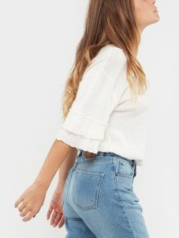KNIT T-SHIRT WITH RUFFLE SLEEVE